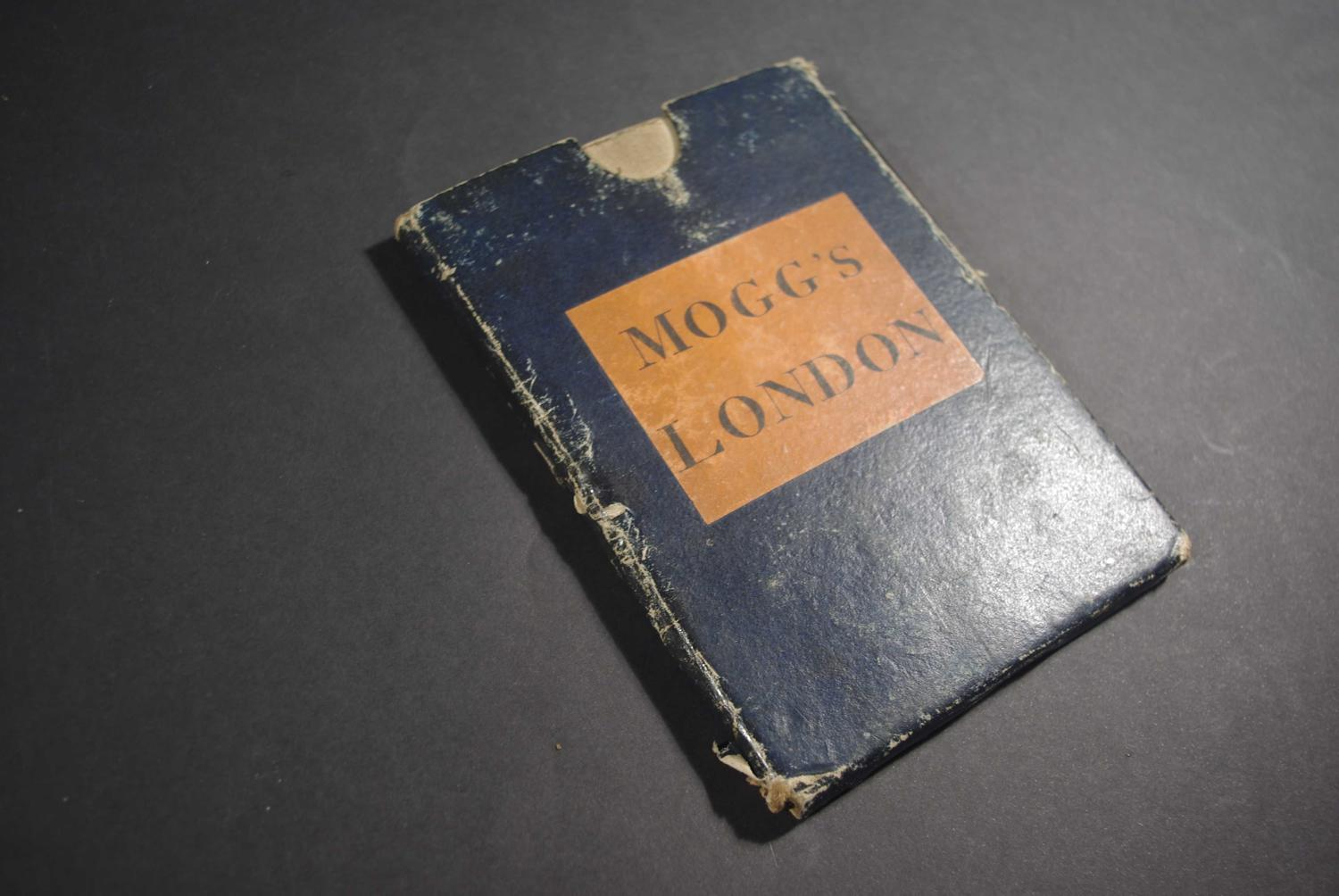 An Entire New Plan of the Cities of London & Westminster; with the Bor by Edward Mogg