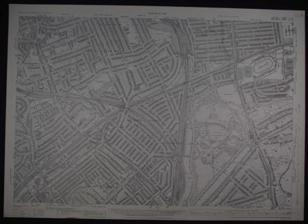 London. Sheet  11....10/ Middlesex Sheet X11. 10 by Ordnance Survey Revision of 1936